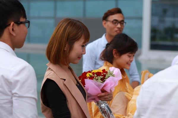 Nàng du học sinh đang mỉm cười hạnh phúc. (Ảnh: Internet)
