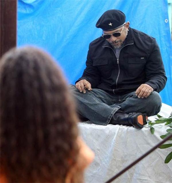Gia đình ông Carlos Cabrera muốn ông ra đi trong hình dáng như người anh hùng Che Guevara. (Ảnh: Internet)