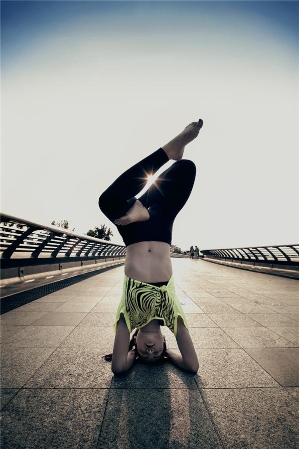 """Ngỡ ngàng với bộ ảnh """"Yoga khắp Sài Gòn"""" của Phương Trinh Jolie - Tin sao Viet - Tin tuc sao Viet - Scandal sao Viet - Tin tuc cua Sao - Tin cua Sao"""