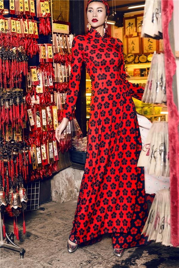 Mốt lạ: áo dài phối khăn turban, tại sao không thử?