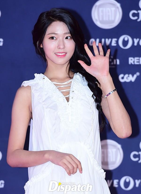 "Seolhyun (AOA) ""đơn thân"" tham dự SIA 2016."