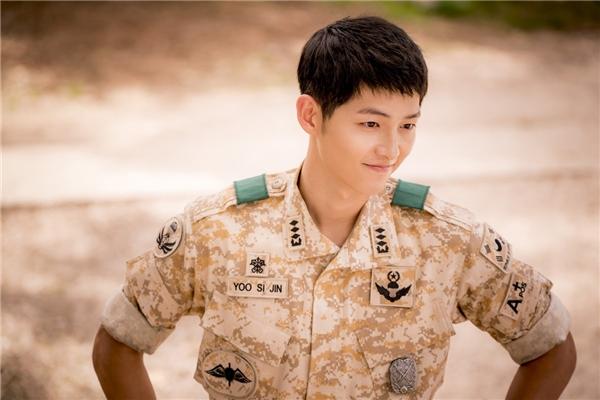 Đại úy Yoo Song Joong Ki bất ngờ nổi tiếng nhất Trung Quốc