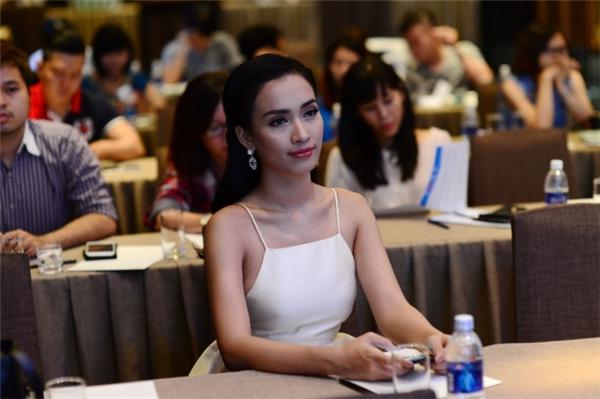 Cô cũng sẽ góp mặt trong đêm biểu diễn tại Hà Nội vào ngày 20/03 sắp tới. - Tin sao Viet - Tin tuc sao Viet - Scandal sao Viet - Tin tuc cua Sao - Tin cua Sao