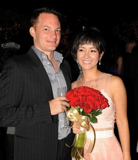 """Sau 7 năm hẹn hò, Hồng Nhung và ông xã mới """"về chung một nhà"""". - Tin sao Viet - Tin tuc sao Viet - Scandal sao Viet - Tin tuc cua Sao - Tin cua Sao"""