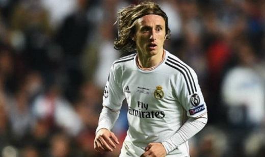 Luka Modric sẽ là một lựa chọn hữu hiệu cho MU? (Ảnh: baomoi.com)