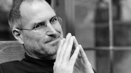 """Người """"khai sinh"""" iPhone Steve Jobs đã quá thành công với Apple. Nhưng để có được điều đó, ông cũng chỉ ngủ khoảng 4 – 5 giờ mà thôi. (Ảnh: Internet)"""