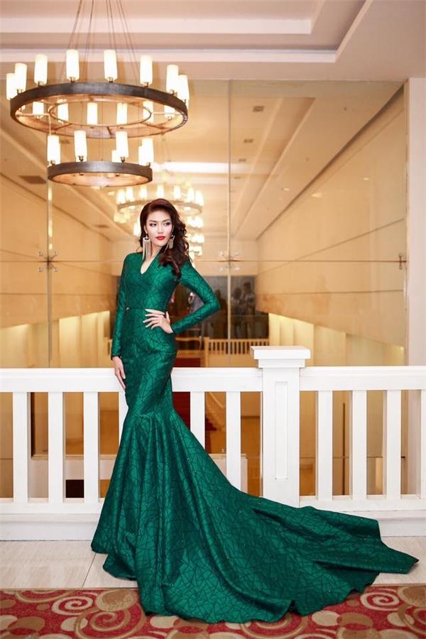 Sau Hoa hậu Thế giới 2015, Lan Khuê vô cùng bận rộn với hàng loạt kế hoạch, dự án. - Tin sao Viet - Tin tuc sao Viet - Scandal sao Viet - Tin tuc cua Sao - Tin cua Sao