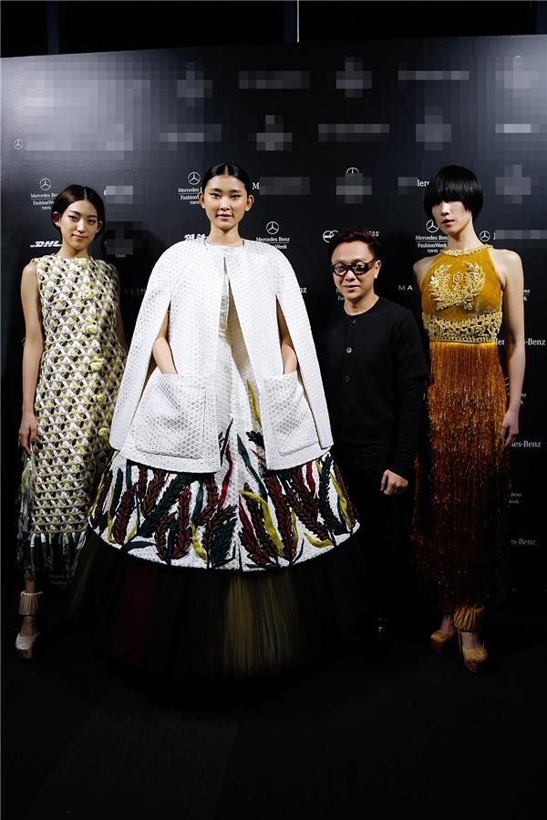 Hồ Ngọc Hà diện áo bà ba nổi bật tại thủ đô Tokyo