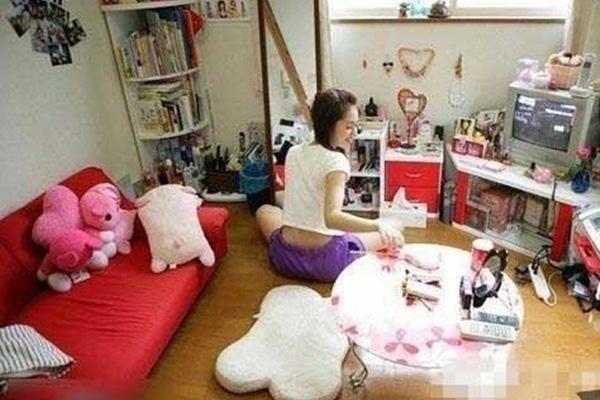 Vì thiếu đi kỹ năng sống cơ bản nên nhiều cô gái không thể kiếm nhiều tiền bằng các công việc khác mà đành phải chấp nhận cuộc sống chui lủi, ẩn giật cho qua ngày đoạn tháng.