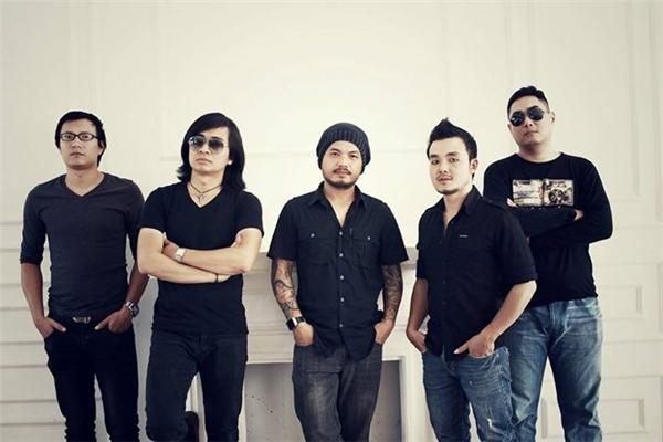 Trần Lập và các thành viên của ban nhạc Bức Tường. Ảnh:Anh Tuấn - Tin sao Viet - Tin tuc sao Viet - Scandal sao Viet - Tin tuc cua Sao - Tin cua Sao