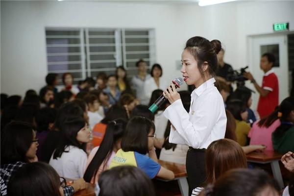 Chị Huyền Phan chia sẻ với các bạn về mẹo ghi điểm trước các nhà tuyển dụng - Tin sao Viet - Tin tuc sao Viet - Scandal sao Viet - Tin tuc cua Sao - Tin cua Sao