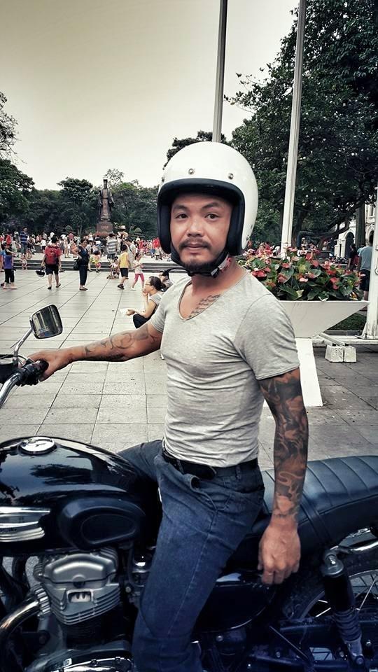 Không chỉ đam mê ca hát mà Trần Lập còn có sở thích đi phượt cùng mô tô. Anh tự hào rằng đã đi qua hàng nghìn con đường trên dải đất hình chữ S xinh đẹp. - Tin sao Viet - Tin tuc sao Viet - Scandal sao Viet - Tin tuc cua Sao - Tin cua Sao