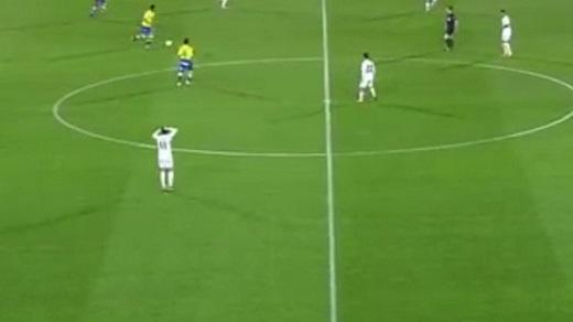 Gareth Bale thờ ơ với diễn biến trận đấu. (Ảnh: TTVN.vn)