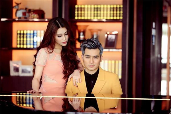 Ngoài ra, trong MV có sự xuất hiện của hot girl Trúc Thiện. Cô đang theo đuổi sự nghiệp diễn viên và hoạt động tại Hà Nội.