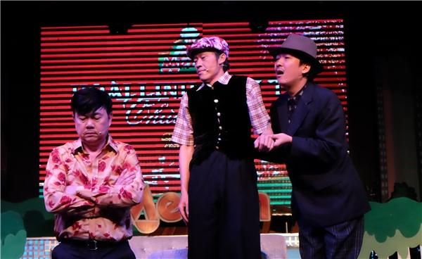 Liveshow 20 năm tiếng hát Mạnh Quỳnh -Cảm ơn cuộc đời sẽdiễn ra vào lúc20 giờngày 16/4 tại nhà hát Hòa Bình, TP.HCM tới đây không chỉ là liveshow mang ý nghĩa đánh dấu bước ngoặt đặc biệt trong sự nghiệp 20 năm ca hát của nam ca sĩ điển trai mà đây cũng chính là một cơ hội để Mạnh Quỳnh có dịp trở về quê hương, hát và tri ân tới những khán giả Việt Nam, những người luôn yêu mến và ủng hộ anh trong suốt 20 năm xa xứ. - Tin sao Viet - Tin tuc sao Viet - Scandal sao Viet - Tin tuc cua Sao - Tin cua Sao