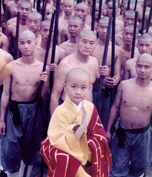 Hòa thượng nhí Tào Tuấn gây bão vì trở lại với hình tượng soái ca