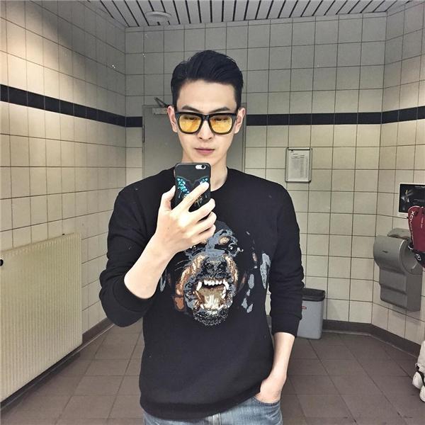 Young Papa - ông bố đẹp trai ngang ngửa diễn viên Hàn Quốc. (Ảnh: Instagram)