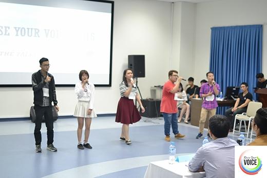 Phần dự thi của các nhóm thí sinh.
