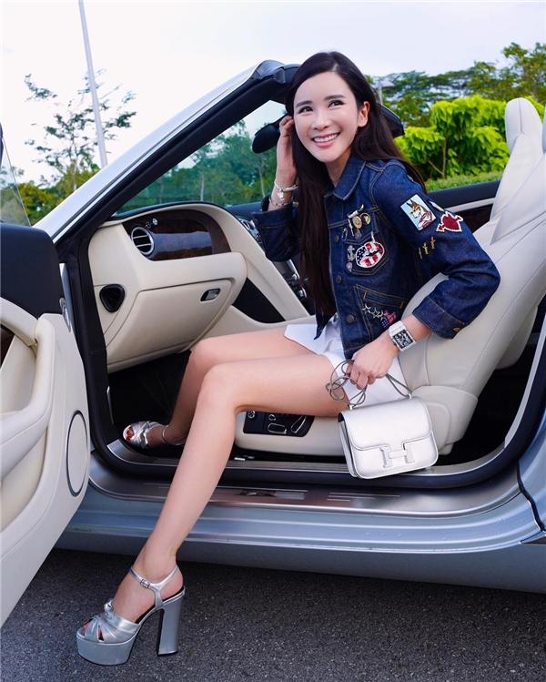 Jamie Chua từng là tiếp viên hàng không trước khi kết hôn với tỉ phú Indonesia. (Ảnh: Instagram)
