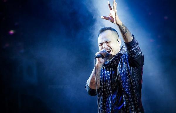 Tượng đài nhạc Rock sẽ sống mãi trong trái tim người hâm mộ Việt. (Ảnh: Intenet) - Tin sao Viet - Tin tuc sao Viet - Scandal sao Viet - Tin tuc cua Sao - Tin cua Sao