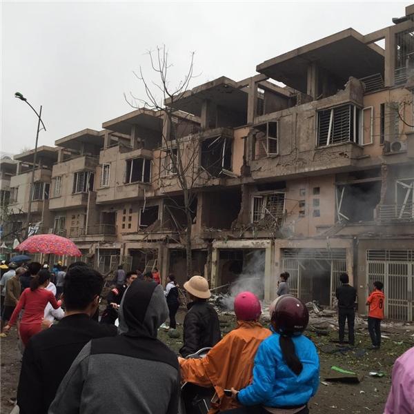 Vụ nổ kinh hoàng ở Hà Nội, nhiều người thương vong