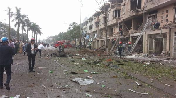 Nhân chứng thất thần kể lại vụ nổ kinh hoàng ở Hà Nội