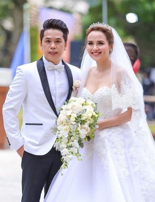 Hình ảnh hạnh phúc trong đám cưới của Hoa hậu Diễm Hương - Tin sao Viet - Tin tuc sao Viet - Scandal sao Viet - Tin tuc cua Sao - Tin cua Sao