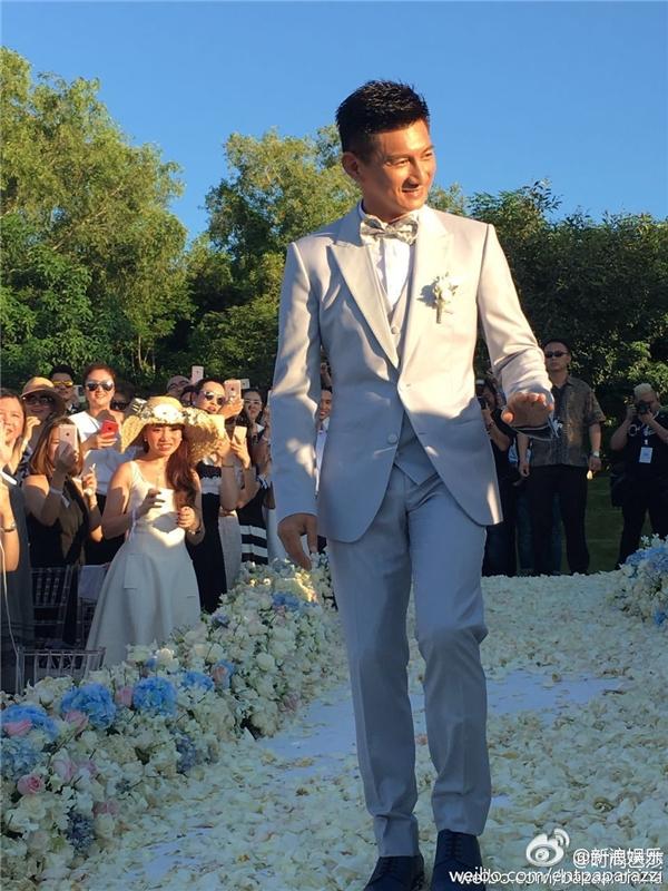 Xúc động với tâm tình Ngô Kỳ Long dành cho Lưu Thi Thi trong hôn lễ