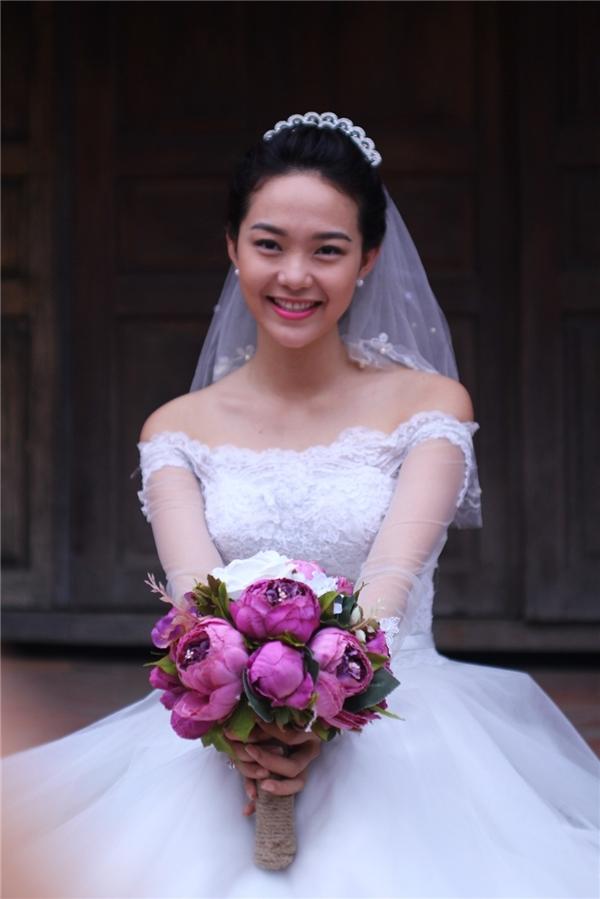 Hình ảnh Minh Hằng trong chiếc váy cưới khiến khán giả mong chờ một kết thúc viên mãn dành cho cặp đôi. - Tin sao Viet - Tin tuc sao Viet - Scandal sao Viet - Tin tuc cua Sao - Tin cua Sao
