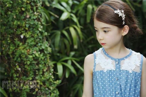 Cận cảnh vẻ xinh xắn củacô công chúa xinh đẹpLauren.(Ảnh Internet)