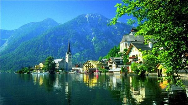 Một góc nhỏ thanh bình ở Áo.(Ảnh: Internet)