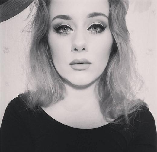Ellinor sở hữu đôi mắt và bờ môi thu hút giống với nữ ca sĩ Hello. (Ảnh: Internet)