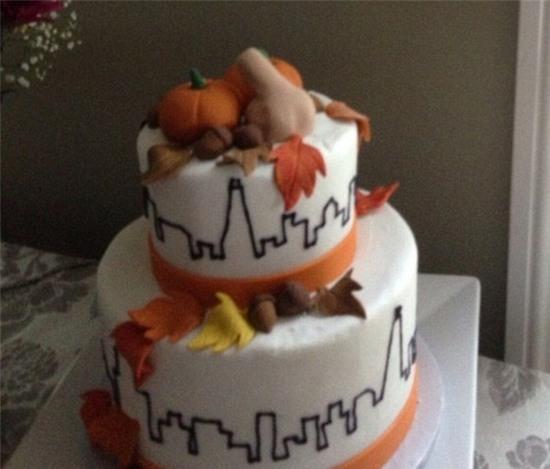 Đây là chiếc bánh cưới theo chủ đề mùa thu độc đáo và nhiều ý nghĩa nhất mà tôi từng thấy.