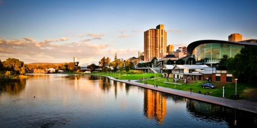 Thành phố Adelaide.