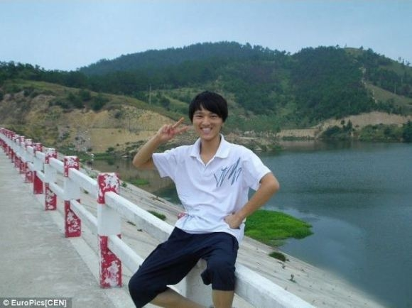 Cheng Changjiang đã hi sinh vì 3 em nhỏ. (Ảnh: Internet)
