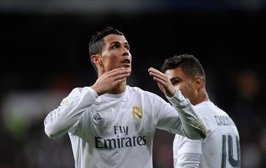 Ronaldo lúc này đã học được cách tôn trọng người hâm mộ. Anh cần sự cổ vũ của họ để tiếp tục cuộc chơi ở Real Madrid. (Ảnh: Getty Images)