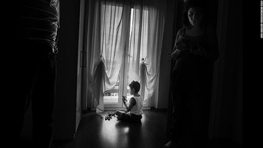 Chính nghị lực sống của người mẹ đã tạo cảm hứng cho Gonzaga thực hiện bộ ảnh. (Ảnh: Internet)
