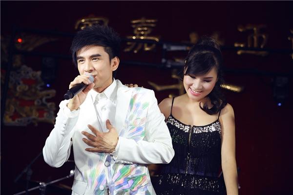 Ca sĩ Đan Trường lần đầu sánh vai cùng nữ ca sĩ Kavie Trần trên sân khấu - Tin sao Viet - Tin tuc sao Viet - Scandal sao Viet - Tin tuc cua Sao - Tin cua Sao
