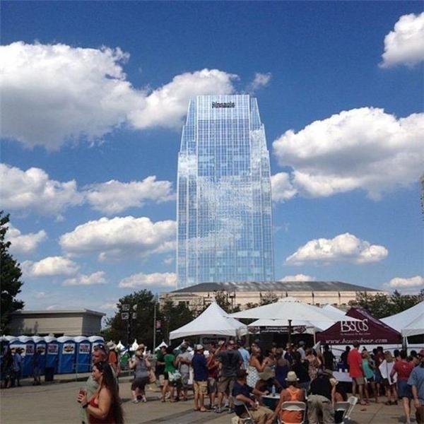 Tòa nhà tại Nashville, Mỹ như hòa vào bầu trời với hàng loạt cửa kính phản chiếu cỡ bự.