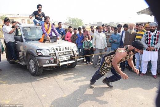 Với sức khỏe phi thường, Singh được mọi người đặt biệt danh 'Người sắt của Ấn Độ'.