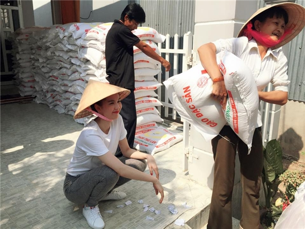 Nể phục sao Việt vẫn quyết chân quê dù đã giàu sụ - Tin sao Viet - Tin tuc sao Viet - Scandal sao Viet - Tin tuc cua Sao - Tin cua Sao