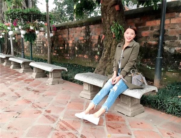 Nữ ca sĩ ngày càng trẻ trung và xinh đẹp. - Tin sao Viet - Tin tuc sao Viet - Scandal sao Viet - Tin tuc cua Sao - Tin cua Sao