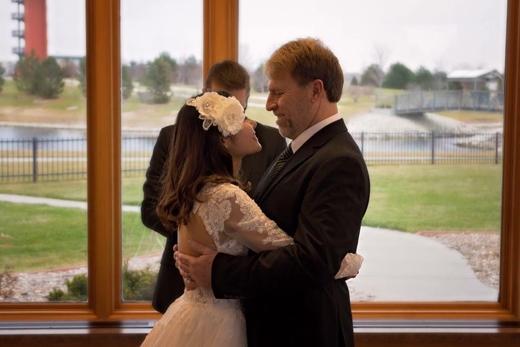 Đám cưới rất giản dị nhưng đầy ắp tình cảm của đôi bên.(Ảnh: Internet)