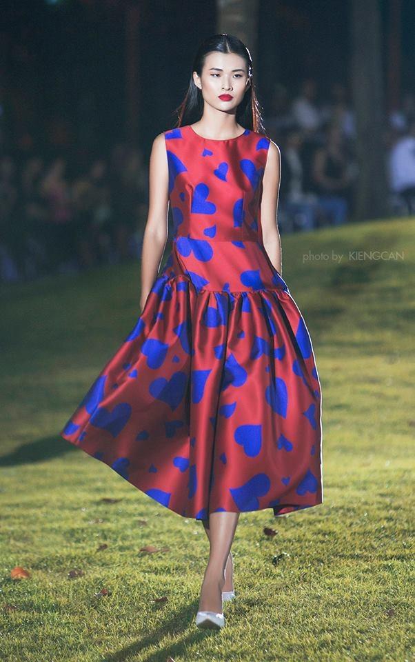 Hiện tại, Cao Thiên Trang thi thoảng xuất hiện trên sàn catwalk và các tạp chí thời trang lớn. Cô nàng cũng đang cân nhắc việc tham dự chương trình The Face phiên bản Việt mùa giải đầu tiên. (Ảnh: Kiếng Cận)