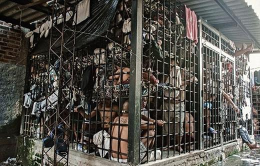 Sự quá tải nhà tù ở El Salvador. (Ảnh: Internet)