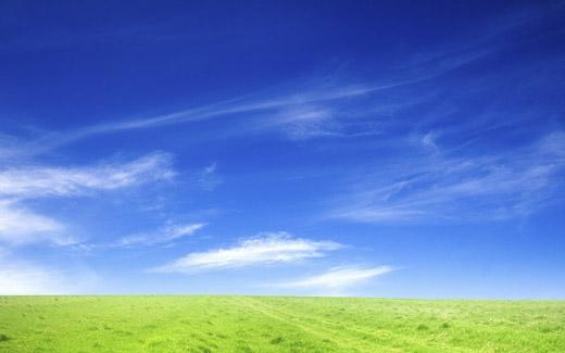 Màu xanh của bầu trời tạo cảm rộng lớn và mênh mông.(Ảnh: Internet)