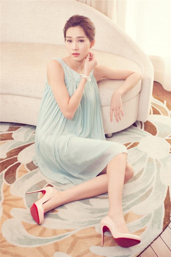 Ngất ngây với vẻ đẹp ngọt ngào của hoa hậu Đặng Thu Thảo