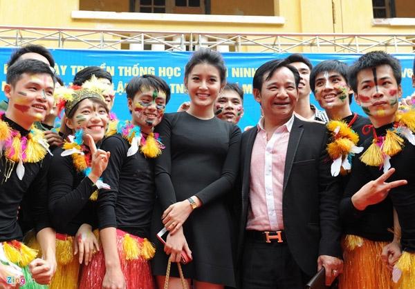Á hậu Huyền My, nghệ sĩ Quang Tèo đóng vai trò thành viên ban giám khảo.