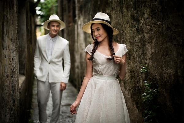 Hé lộ thiệp cưới đẹp lung linh của Lương Thế Thành, Thuý Diễm - Tin sao Viet - Tin tuc sao Viet - Scandal sao Viet - Tin tuc cua Sao - Tin cua Sao