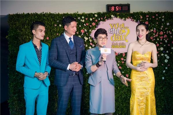 Trong một sự kiện, NSƯT Thành Lộc đã có dịp chia sẻ những kỉ niệm đáng nhớ khi thực hiện bộ phim. - Tin sao Viet - Tin tuc sao Viet - Scandal sao Viet - Tin tuc cua Sao - Tin cua Sao